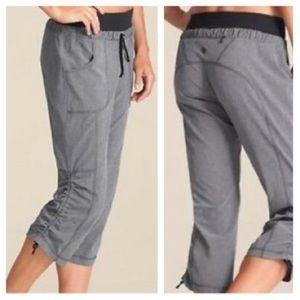 Athleta Allegro Gray Capri Pants Sz 6
